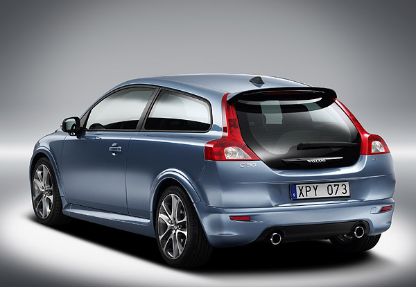 Volvo C30 (blue) with bodykit from behind.