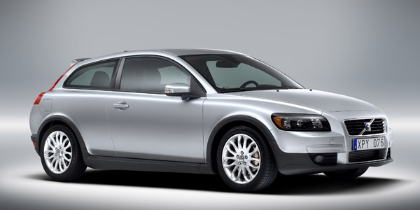 Volvo C30 (silver), front view.