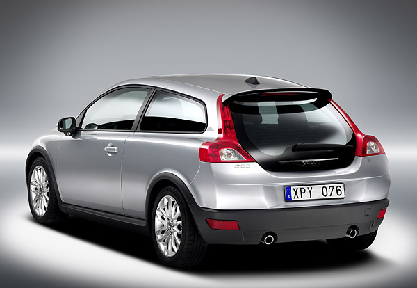 Volvo C30 (silver) from behind.