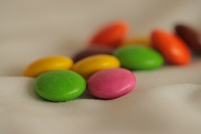Differently coloured smarties